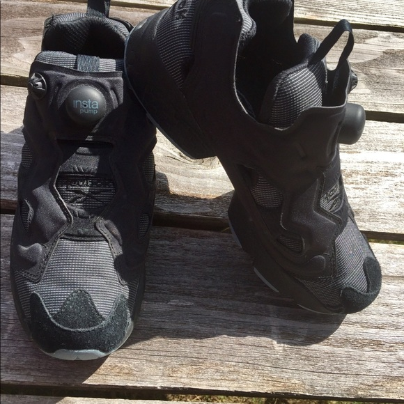 5a63c38efb8 Reebok Shoes